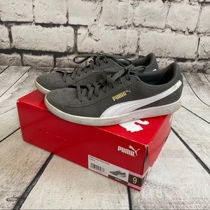 PUMA Gray Vicky Suede Sneakers Size 9